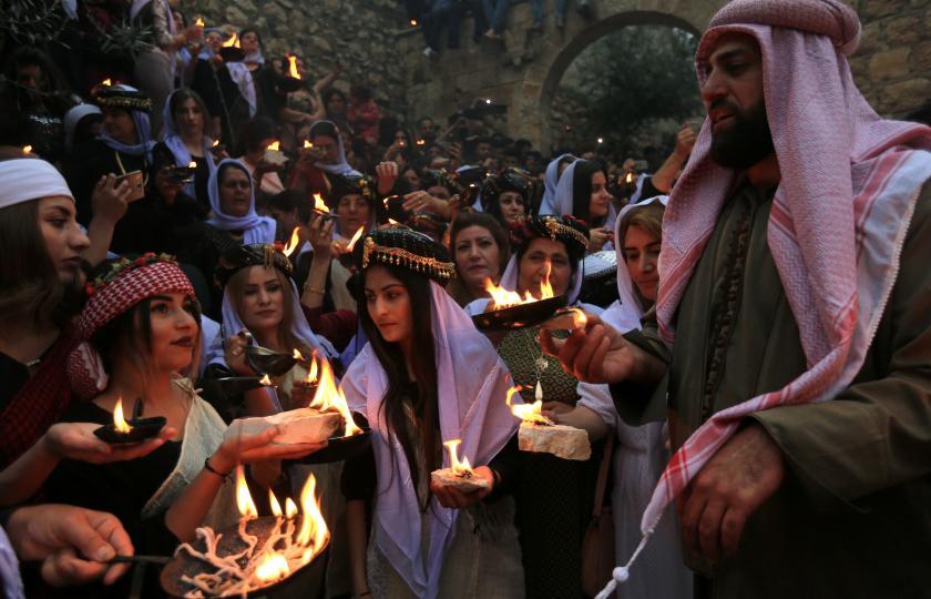 الإيزيديون وأهم مظاهر احتفالاتهم بعيد رأس السنة الإيزيدية.